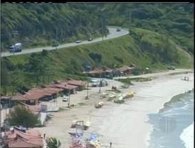 Cidades da Região dos Lagos sofrem com agressões ambientais - Ocupações, principalmente das praias, renderam vários processos.São pelo menos 70 ações na comarca de São Pedro da Aldeia.