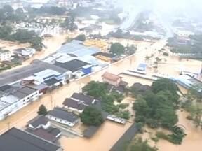Jaraguá do Sul enfrenta pior enchente em 15 anos - Jaraguá do Sul enfrenta pior enchente em 15 anos