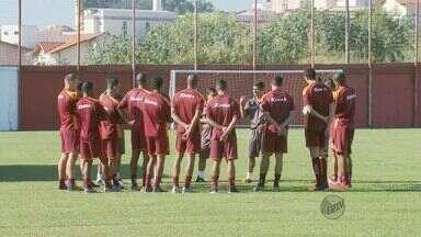 Jogadores do Boa Esporte se reapresentam para treinos - Jogadores do Boa Esporte se reapresentam para treinos