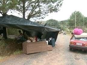 Milhares de famílias precisam deixar suas casas devido aos alagamentos - Milhares de famílias precisam deixar suas casas devido aos alagamentos