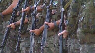 Soldados do exército se preparam para reforçar a segurança em Ribeirão Preto - Eles deixaram Pirassununga para atuar na cidade durante a Copa do Mundo