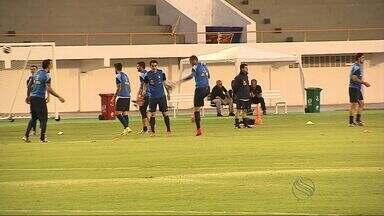 Seleção da Grécia faz penúltimo treino em Aracaju, antes da estreia na Copa do Mundo - Gregos se preparam para enfrentar a Colômbia neste sábado à tarde, em Belo Horizonte
