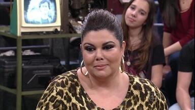 Fabiana Karla fala sobre sua admiração por Tony Ramos - Ator também comenta que não gosta dessa coisa de glamour
