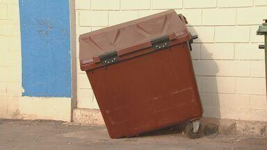Contêineres usados para organizar coleta de lixo em Rio Claro (SP) são alvo de vândalos - Contêineres usados para organizar coleta de lixo em Rio Claro (SP) são alvo de vândalos