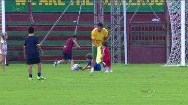 Austrália se despede da copa e do ES - Australianos enfrentam a Espanha no último jogo da primeira fase da Copa do Mundo.