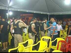Tumulto marca audiência sobre localização de frigorífico em Uberaba - Reunião só começou após a chegada da Polícia Militar (PM). Estudo está sendo feito para transferir o frigorífico de lugar.