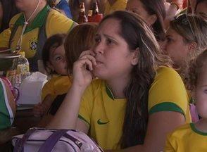 Seleção Brasileira passa a do Chile na Copa do Mundo; confira comemoração em Caruaru - Equipe de reportagem captou a reação dos torcedores enquanto assistiam ao jogo.