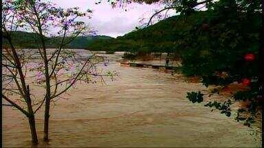 Chuva traz danos materiais para moradores - Algumas pessoas perderam tudo o que tinham.