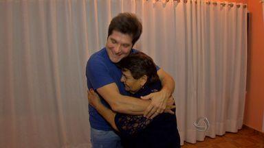 Idosa de 81 anos realiza sonho de conhecer o cantor Daniel em Cuiabá - Uma idosa de 81 anos realizou o sonho de conhecer o cantor Daniel em Cuiabá.