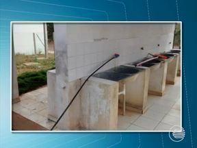 Polícia retira ligações clandestinas que desviavam água de adutora no Piauí - Operação foi deflagrada após denúncia de falta de água na região Sul. Ação acontece em Simões, Caridade, Curral Novo, Jacobina e Patos.
