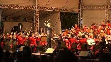 Orquestra da China se apresenta no Anfíteatro do Parque do Cocó, em Fortaleza - Orquestra veio para Fortaleza por conta da 6ª Cúpula do Brics.
