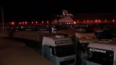 Motoristas protestam no terminal da ALL em Rondonópolis (MT) - Motoristas protestaram no terminal da ALL em Rondonópolis (MT).