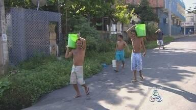 Moradores da Zona Norte de Manaus sofrem com falta d'àgua - Em muitos bairros da cidade, distribuição de água voltou ao normal.