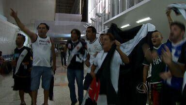 Vasco e Santa Cruz jogam pela Série B na Arena Pantanal em Cuiabá - Vasco e Santa Cruz vão jogar pela Série B na Arena Pantanal em Cuiabá.