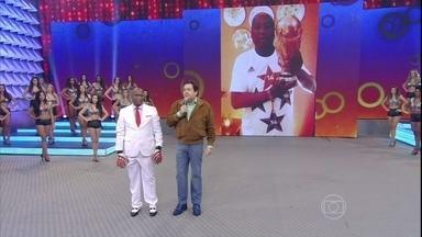 Faustão apresenta Tiburcio - Brasileiro tem histórias com a seleção alemã.