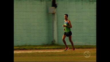 Atleta do sul do Rio fala da expectativa de participar da Maratona do Rio - Só no primeiro semestre de 2014, ele participou de, pelo menos, três competições e alcançou boas colocações.