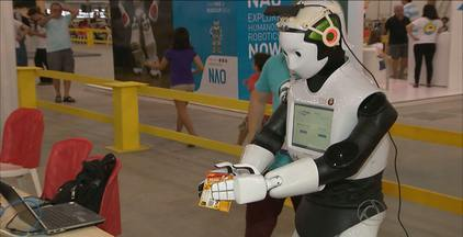 Aberta em João Pessoa a Copa Mundial de Robótica - Estudantes e professores de 45 países participam do evento que tem competições em várias categorias.