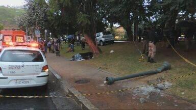Idosa morre após ser atropelada na calçada em Poços de Caldas, MG - Idosa morre após ser atropelada na calçada em Poços de Caldas, MG