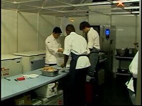 Araxá recebe a 7ª edição do Festival Internacional de Cultura e Gastronomia - Programação é intensa e leva novidades da mais alta gastronomia, com música instrumental para acompanhar os pratos preparados por nomes nacionais do mundo gourmet.