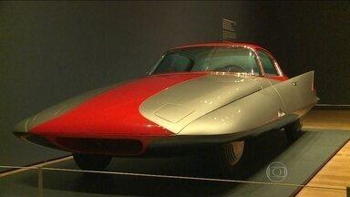 Exposição nos EUA mostra como eram os 'carros dos sonhos' - Os carros saíram da imaginação de projetistas 40, 80 anos atrás. Meio século atrás, eles eram objetos de desejo em salões do automóvel. Agora, num museu de Atlanta, são uma lembrança de como se imaginava os dias de hoje.