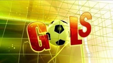 Confira os gols do sábado da 12ª rodada do Campeonato Brasileiro 2014 - Bahia 0 x 1 Internacional. Criciúma 1 x 3 Vitória. Santos 3 x 0 Chapecoense.