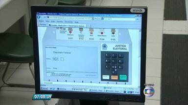 Tribunal Superior Eleitoral tem urna eletrônica virtual para treinamento de eleitores - Quem tem dúvidas ou vai votar pela primeira vez pode fazer treinamento no site do TSE.