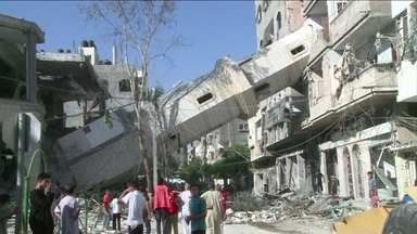 Israel e Hamas concordam com cessar-fogo de 72 horas - Como as negociações internacionais emperraram e ninguém vê no horizonte o momento em que essa guerra vai terminar, os militares israelenses convocaram nesta quinta mais 16 mil reservistas para manter os níveis atuais da operação em Gaza.