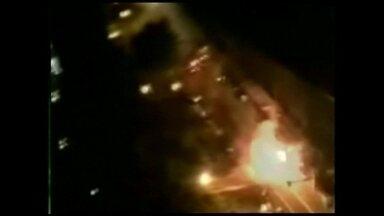 Veja no JH: explosões de gás matam 25 pessoas - Aumenta o número de páginas na internet que recebem reclamações de clientes. Câmeras de segurança flagram assalto a posto de gasolina no interior de São Paulo. O Tô de Folga vai até o litoral da Paraíba.