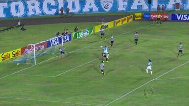 Tubarão engole o Peixe no Café - O Londrina fez 2x1 no Santos e terá a vantagem do empate no jogo de volta.