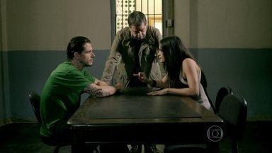 Tuane tenta convencer Elivaldo a abrir mão da guarda de Victor - Reginaldo manda a esposa procurar Cristina