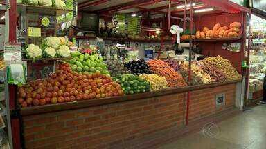 Nutriciostas de Juiz de Fora orientam sobre alimentos orgânicos - Preço pode ser motivo para aumento tímido na procura por esses alimentos