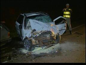 Homem morre em acidente na RS 153 - O carro foi atingido por um outro veículo.