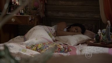 Bete cobra mais comprometimento de Sol com o colégio - Gael conversa com Bianca sobre Karina