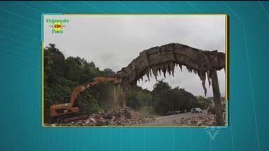 Demolição do Portal de entrada de Eldorado causou polêmica na cidade - Prefeitura de Eldorado diz que não foi avisada sobre demolição da estrutura.