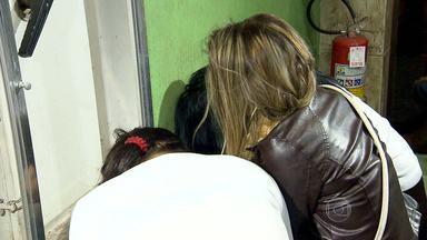 Três jovens são presas suspeitas de envolvimento com o tráfico de drogas - Segund a polícia, suspeitas são de Curitiba e estavam no Centro de BH.