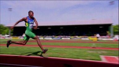 Jogos Escolares revelam atletas para o futuro do atletismo - Competição entre cidades acontece no Ginásio do Ibirapuera, em São Paulo
