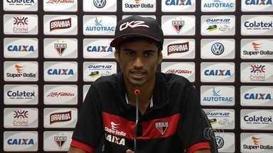 Valorizado, Jorginho confirma sondagens para deixar o Dragão - Meia é um dos destaques do Atlético-GO na Série B do Campeonato Brasileiro e estaria na mira de outros clubes.