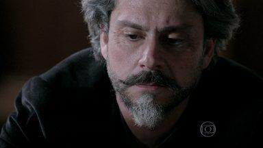 Império - Capítulo de terça-feira, dia 12/08/2014, na íntegra - José Alfredo anuncia à família que ninguém o substituirá na empresa