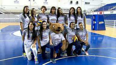 Minas apresenta time feminino de vôlei para temporada 2014 e 2015 - Muitas jogadoras novas estão chegando no clube.