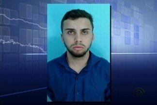 Homem é preso ao tentar sacar dinheiro em banco de Baln. Piçarras - Segundo a policia, ele faz parte de quadrilha de falsários.