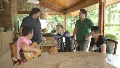 Duplas Bruno e Marrone e César Menotti e Fabiano cantam com Michel Teló - Duplas Bruno e Marrone e César Menotti e Fabiano cantam com Michel Teló.