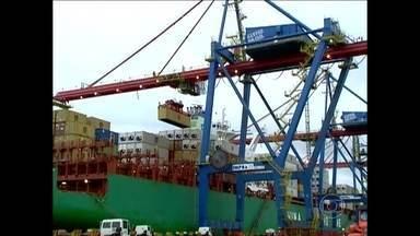 OMC condena Argentina por violar regras do comércio internacional - A combalida economia da Argentina, terceiro maior parceiro comercial do Brasil, teve mais um solavanco na sexta-feira (22).
