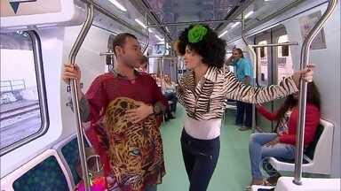 Angélica vive doméstica em trem com Rodrigo Sant'anna - Ator marca presença no Estrelas