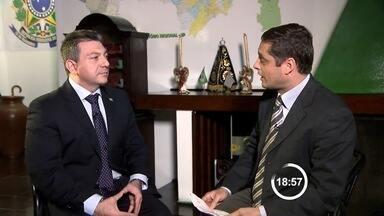 TV Vanguarda exibe entrevistas com candidatos ao governo de SP - Candidatos entrevistados são Walter Ciglioni (PRTB), Raimundo Sena (PCO) e Wagner Farias (PCB).