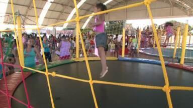 Projeto reuniu crianças em Paranavaí - Crianças do bairro Vila Operária tiveram um dia de diversão