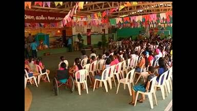 Alunos da Pastoral do Menor realizam festival folclórico - Atividade foi na manhã deste sábado.