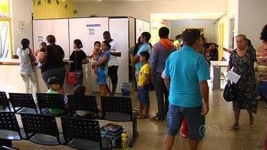Pacientes reclamam da demora no atendimento no Cais do Setor Nova Era - Muitos pacientes alegam ter esperado mais de seis horas para ser atendido por um médico, em Aparecida de Goiânia.