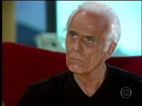 Cobras e Lagartos - capítulo de sexta-feira, dia 29/08/2014, na íntegra - Omar propõe acordo para Estevão