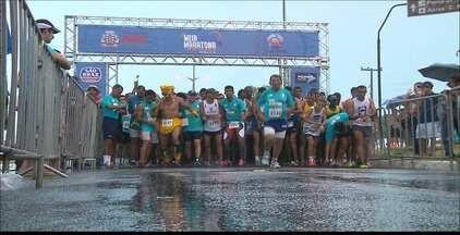 Inscrições da Meia Maratona Cabo Branco já estão abertas - As inscrições para a 3ª Meia Maratona Cabo Branco estão abertas e vão até o dia 9 de novembro. Os corredores de rua que estiverem interessados podem se inscrever em três percursos: 21km, 10km e 5km. A prova vai ser realizada no dia 22 de novembro, às 16h30, na orla de Cabo Branco, em João Pessoa.