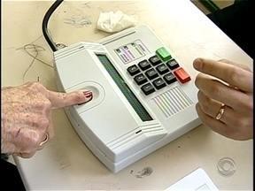 Mais de 100 mil eleitores devem votar pelo sistema biométrico em SC - Mais de 100 mil eleitores devem votar pelo sistema biométrico em SC
